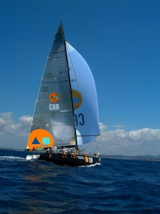 barco de competição da volvo race