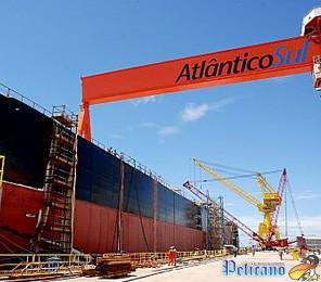 Navio no Estaleiro Atlântico Sul - Pernambuco