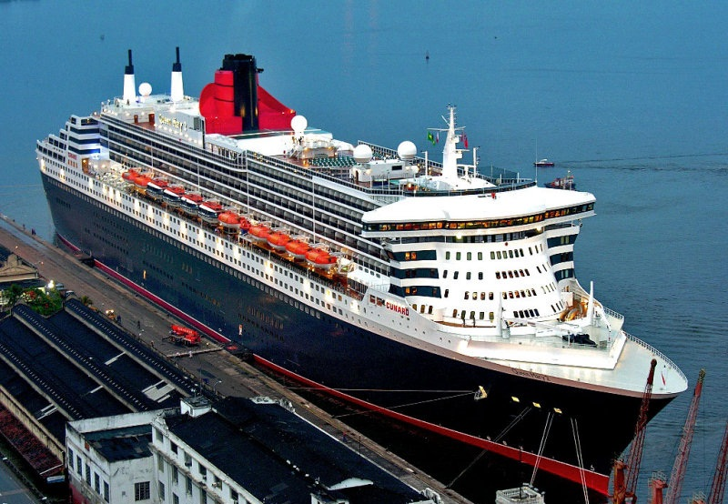 queen mary 2(1)