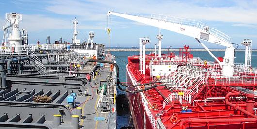 shipping_ship-to-ship_transfers