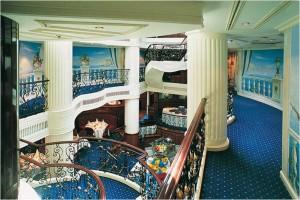 Royal_Clipper_interior